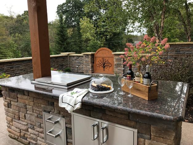 Outdoor Kitchen Bar Under Pergola