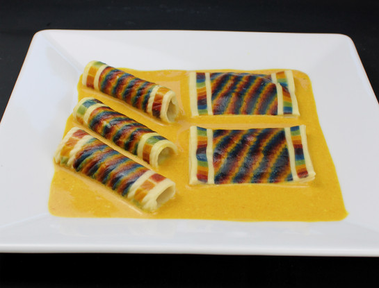 Creative - Pasta Plate Rainbow