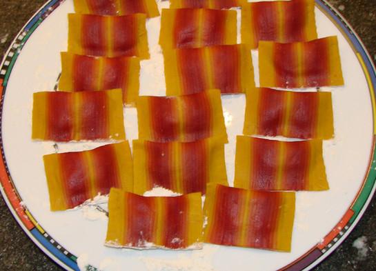 Ravioli red shades