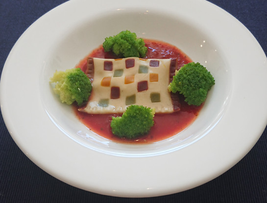 Creative - Raviolo with inserted squares