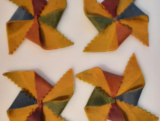 Creative - Multicolor windmill pasta