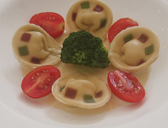 Tortelloni  in colors of Italy