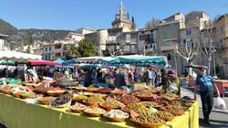 marché de Nyons