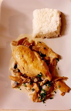 suprème_de_poulet_sur_lit_de_champignon