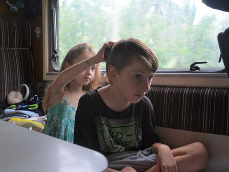 Les coulisses dans le camping-car :
