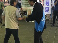 島村大参院議員 大和駅で街頭活動 健康寿命の延伸訴え