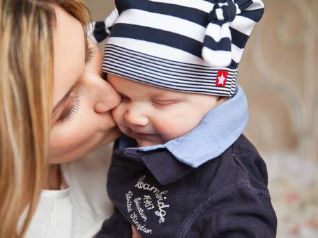 היחס שלך לתינוקת בגיל 6 חודשים, ישפיע עליה גם בגיל 11