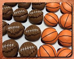 Football/basketball cupcakes