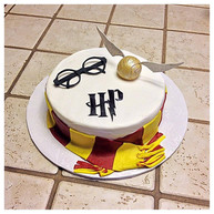 Harry Potter layer cake