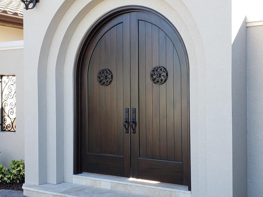 courtyard doors.jpeg