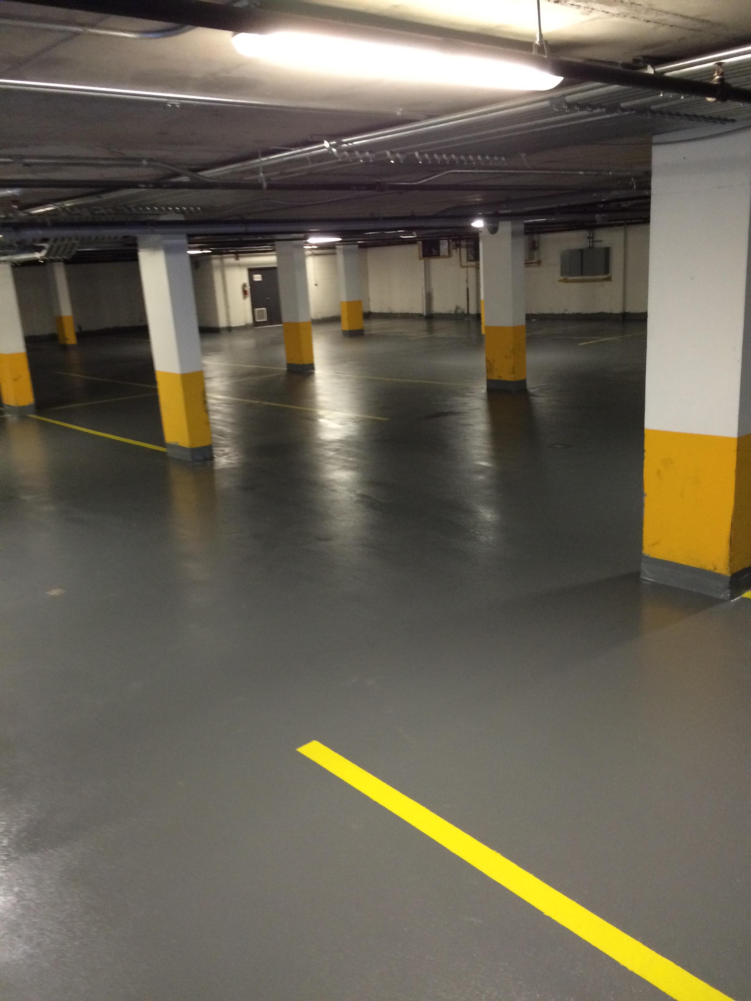 epoxy gris - stationnement sous-terrain