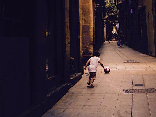 Born to play. Born, Barcelona - SOLD