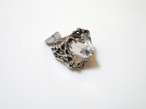 Crystal Ring by Amanda Hunt