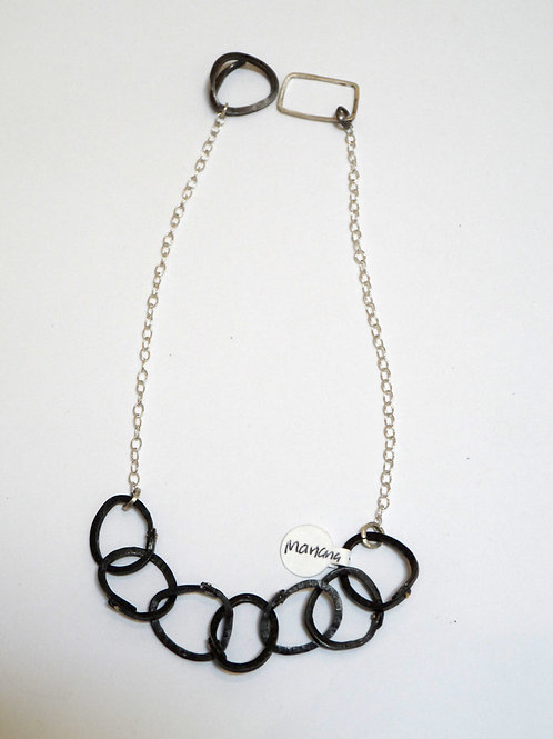Simple necklace by Mariana
