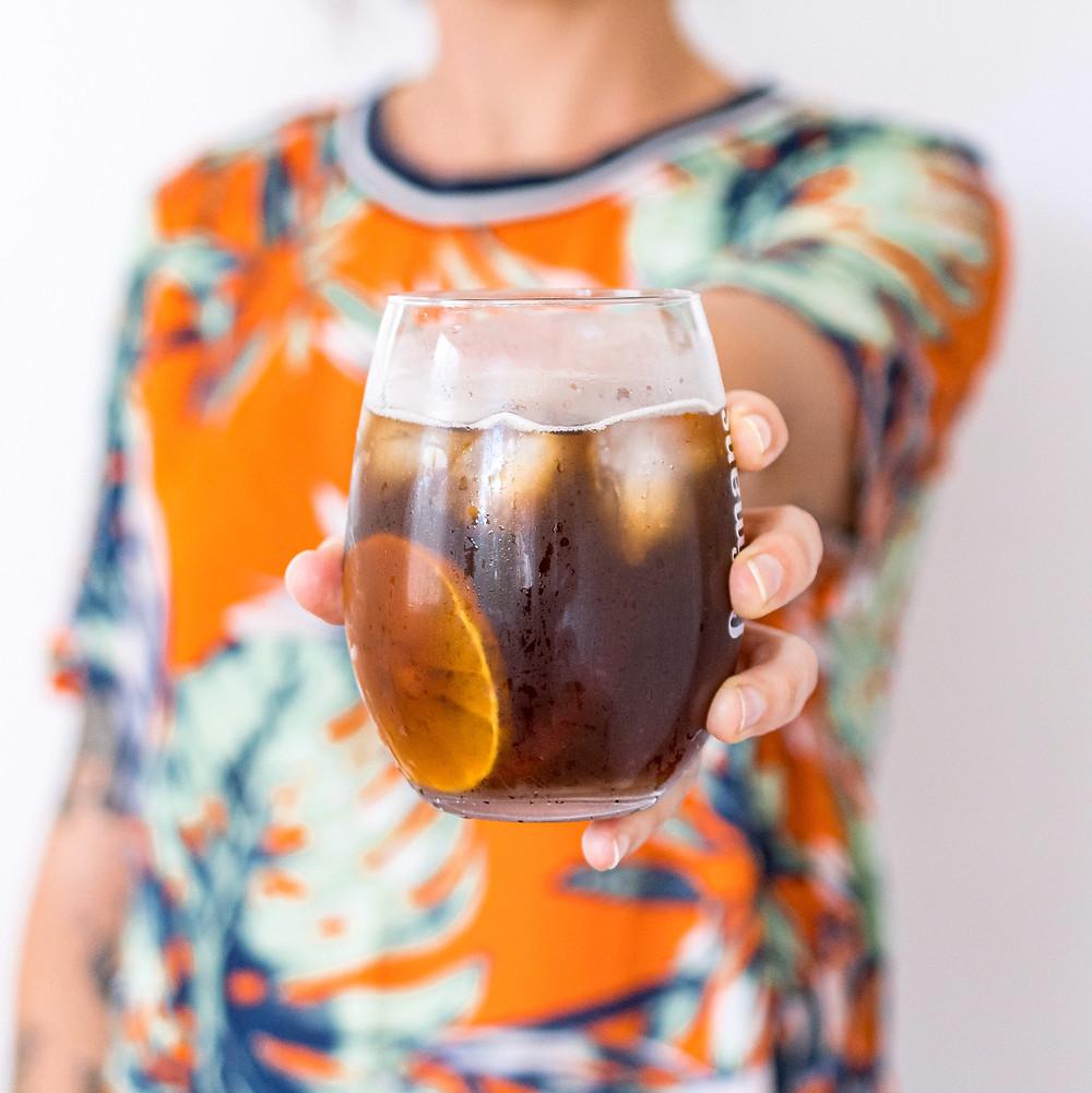 drink de mate com hortelã e vodca