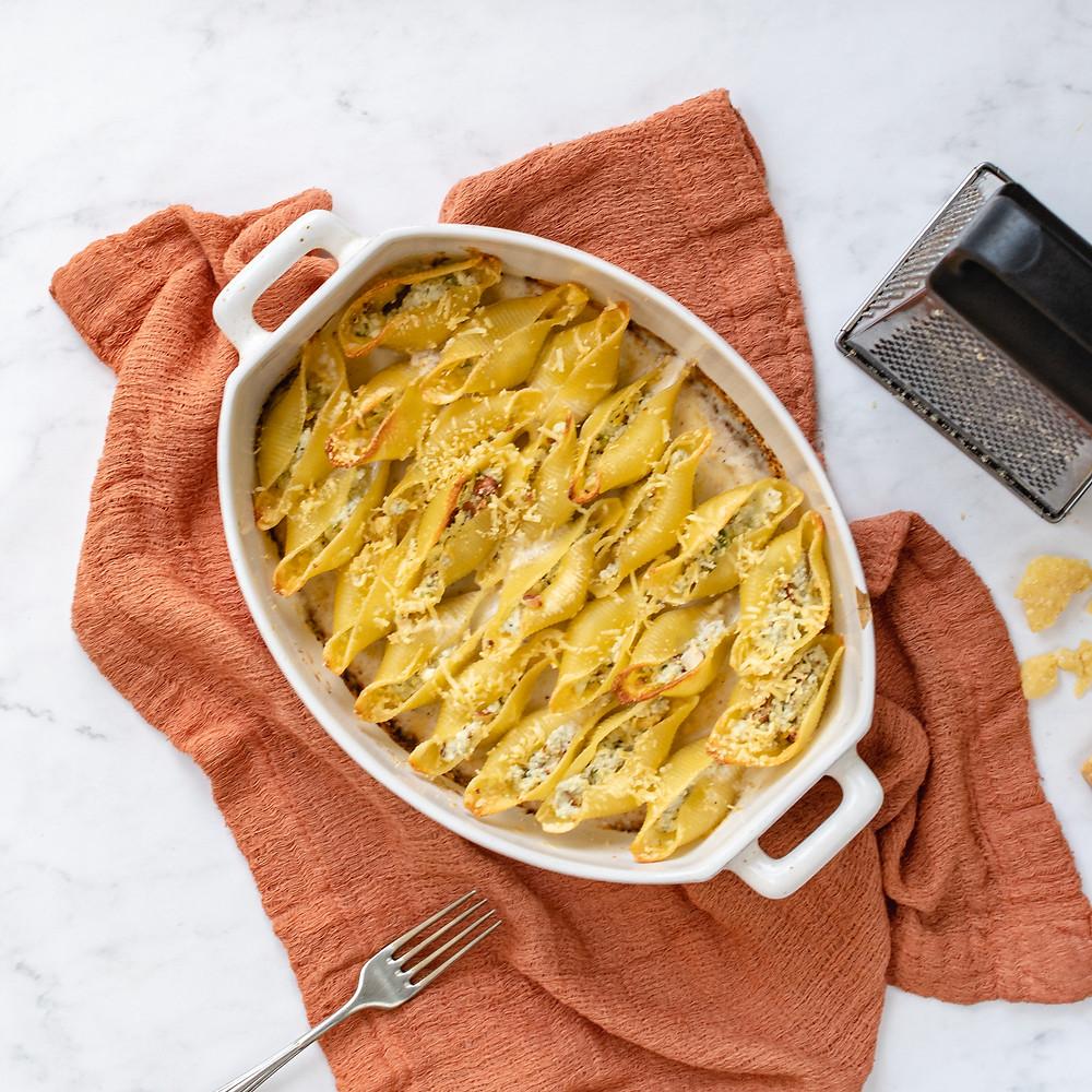 Receita de conchiglione com queijo gorgonzola e amêndoas