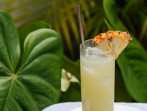 Rum, coco e abacaxi