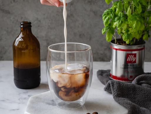 Cold brew com cardamomo