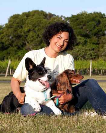 Asha and her dogs: Caru an Sophie