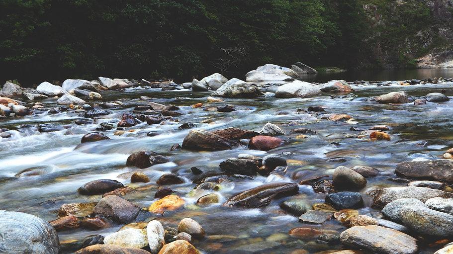 river-2769900_1920.jpg