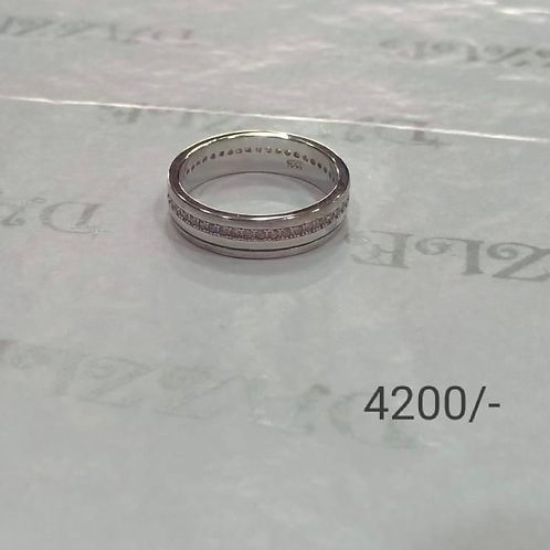 Silver fancy band ring with cubic zirconia