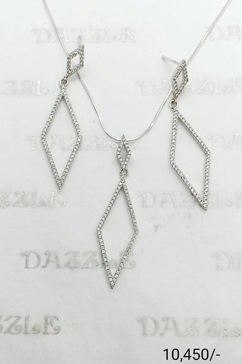 Silver fancy pendant set
