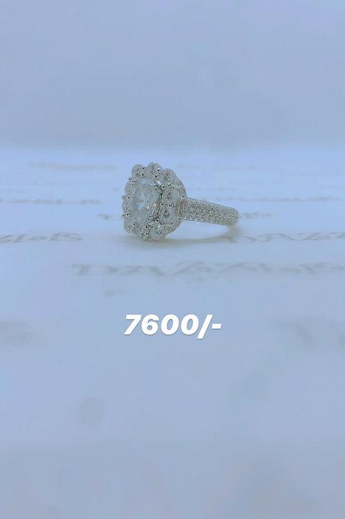 Silver fancy flower ring