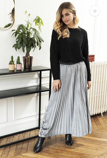 Anna Velvet Light Grey Pleated Skirt