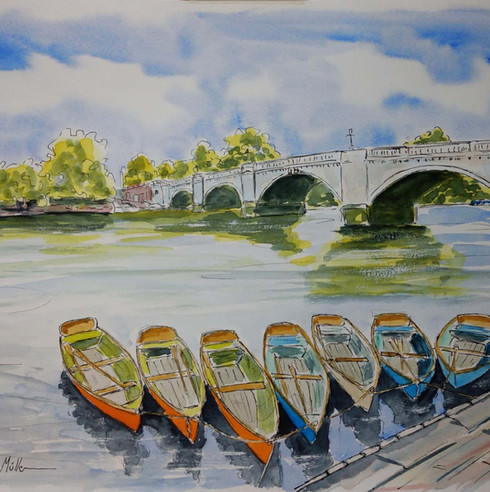 Richmond Bridge Customisable Canoes