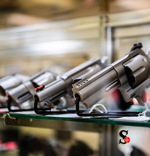 wm pistols8shelf2.jpg