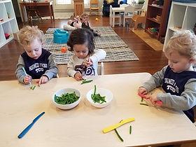cutting greenbeans