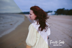 Forests-and-sands-lightroom-presets-by-presetrain-co-portrait-natural-seaside-indie-sand-rich-previe