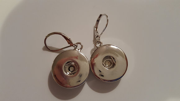 Snap earrings