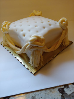 Roped Pillow Cake