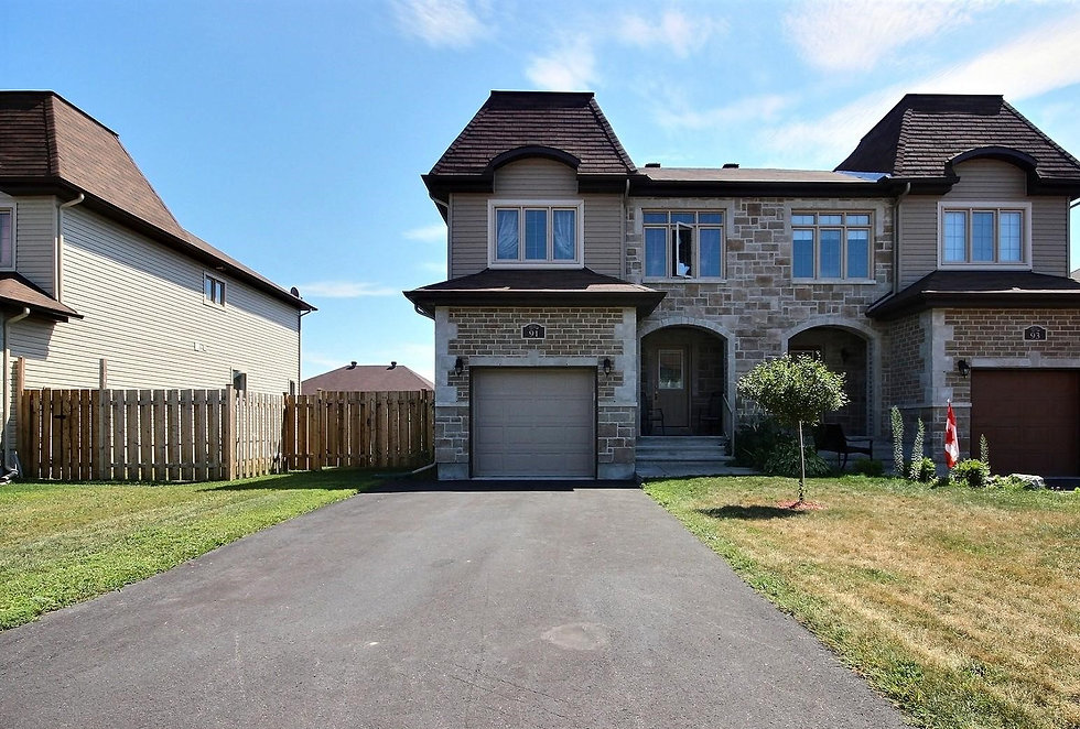 front-house-for-sale-limoges-ontario-160
