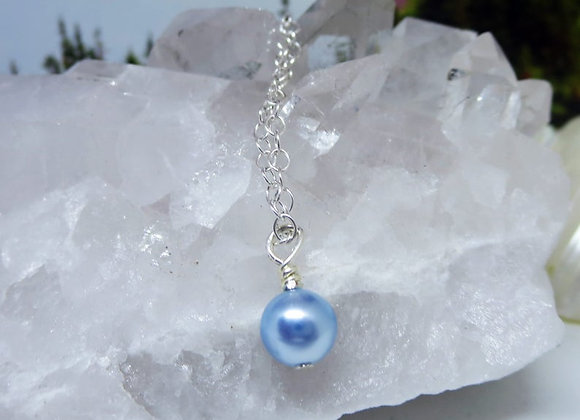 "Powder Blue Swarovski Pearl Necklace seen on ""New Dogs Old Tricks"""