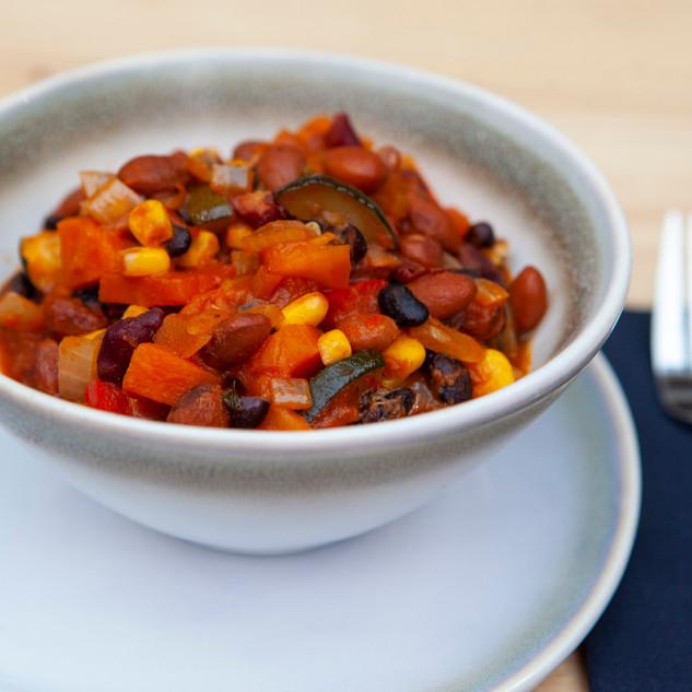 Vegan chilli takeaway dish Go Bifanas in