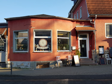 Eingang Cafe Zeitreise