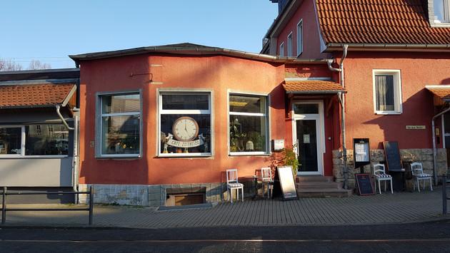 Eingang Cafe Zeitreise.jpg