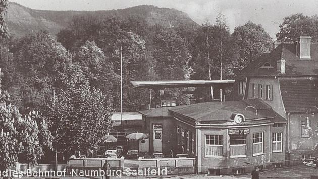 Alter Paradiesbahnhof 1935.jpg