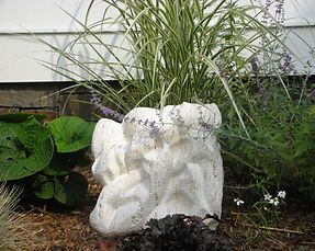 Gresser in the Garden 030.jpg