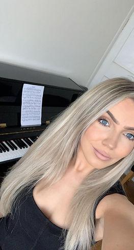 jd piano.jpeg