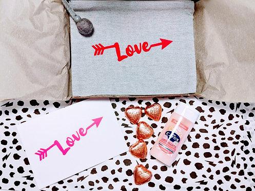 'Love' Accessory Pouch Gift Box