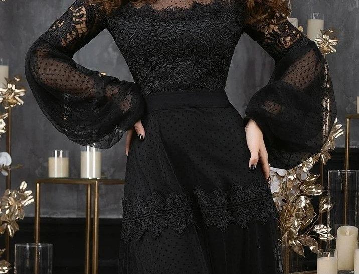 Viorelia Dress