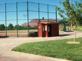 2010 scorekeepers hut.jpg