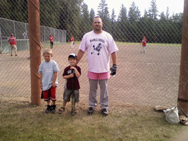 2009 Two lads destined to grow up and wear pink.jpg