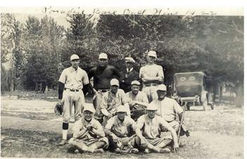 Paradise Team 1922.jpg