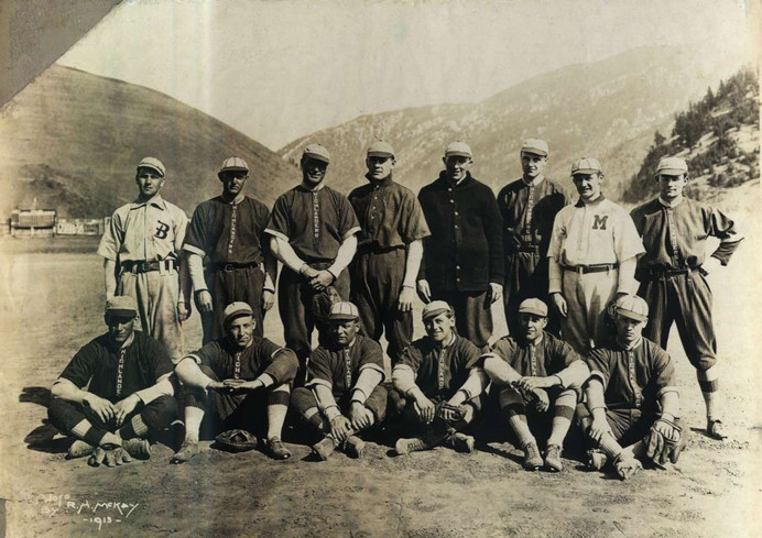 Missoula Highlanders 1913.jpg