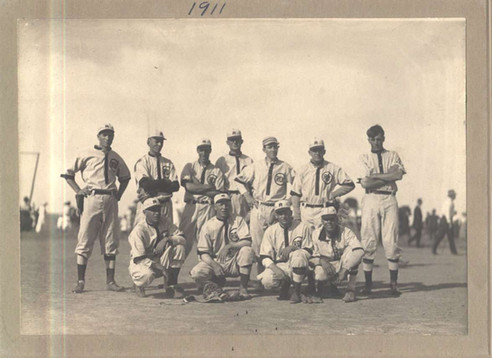 Roy MT Baseball Team.jpg