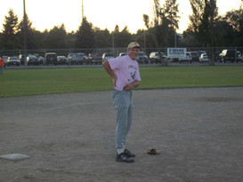 2010 Hands- Thompson goes pink State.jpg